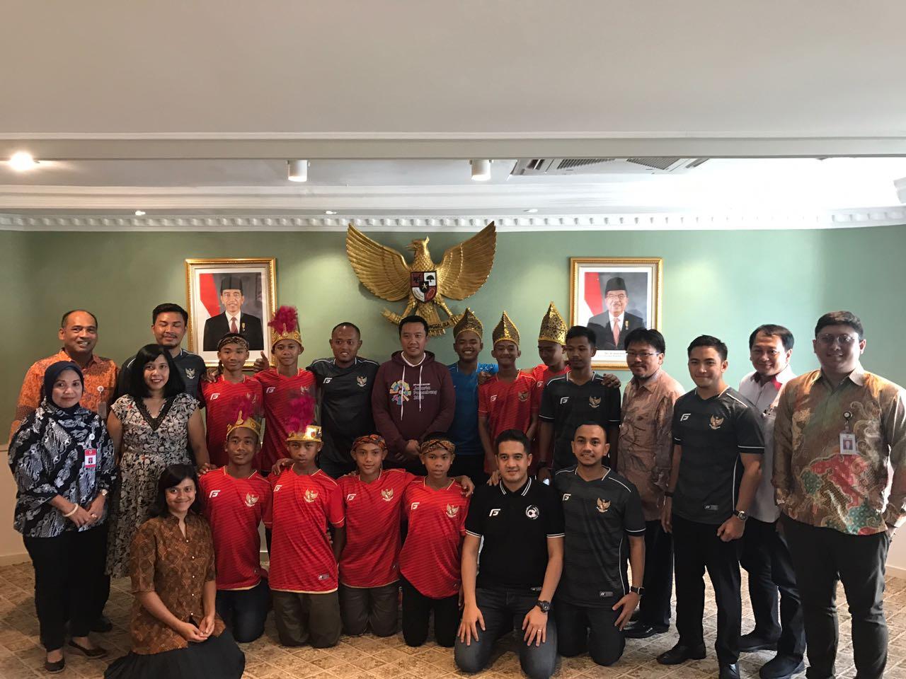 Bersama Garuda Baru, Kuli Paruh Waktu Mentas di Piala Dunia Anak Jalanan
