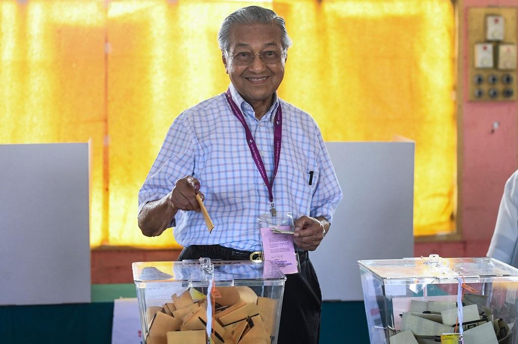 Mahathir Mohamad Gunakan Hak Pilih di Kedah