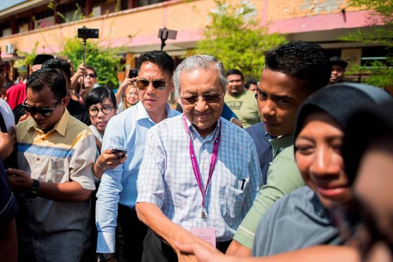 Mahathir Optimistis Menang Kursi Parlemen Langkawi