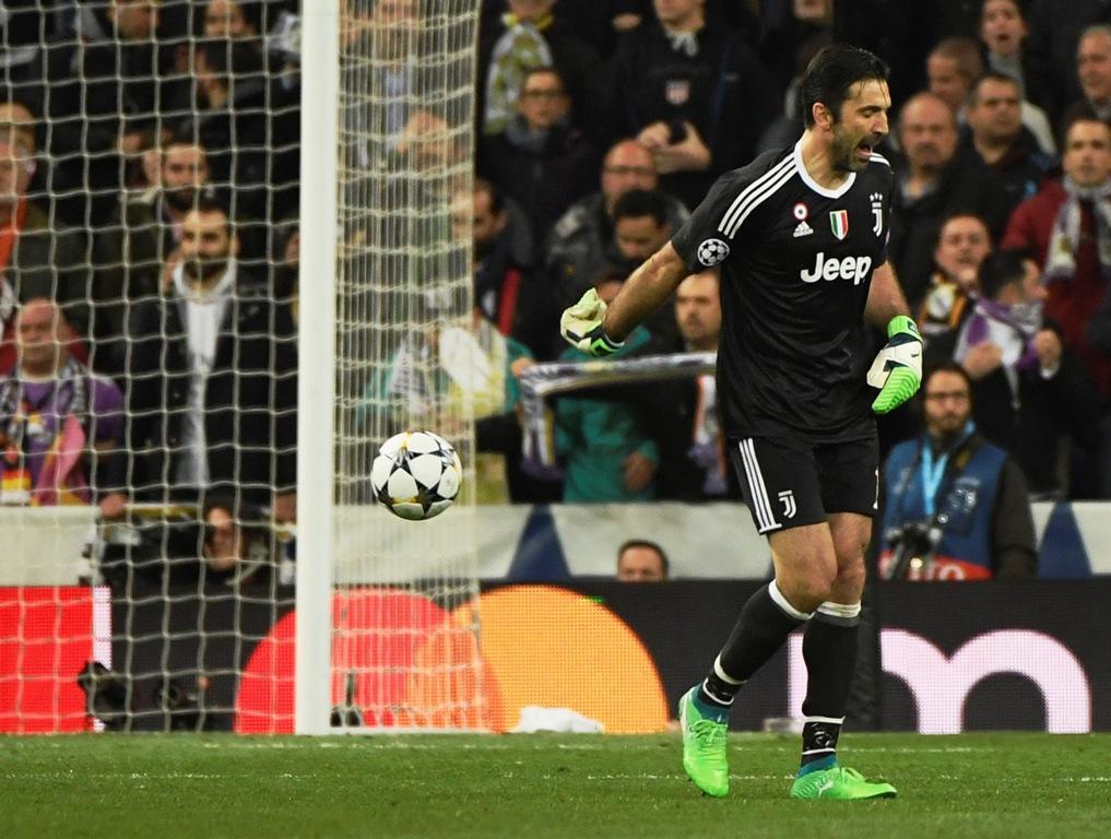 Tiga Striker yang Menyulitkan dalam Karier Buffon