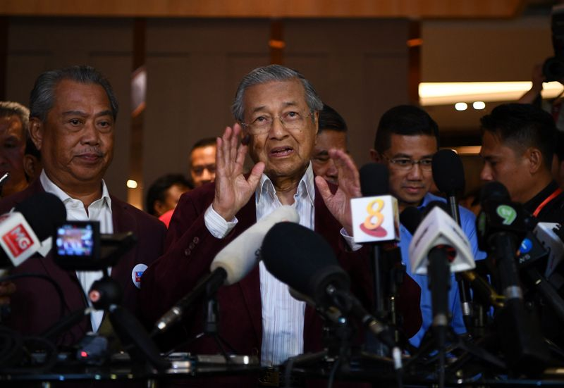 Mahathir Klaim Oposisi Pakatan Harapan Menang Pemilu Malaysia