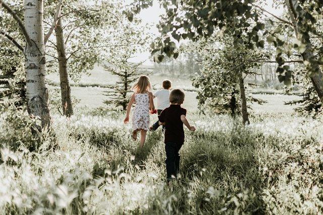 Lingkungan yang Sehat Turunkan Risiko Stres pada Anak