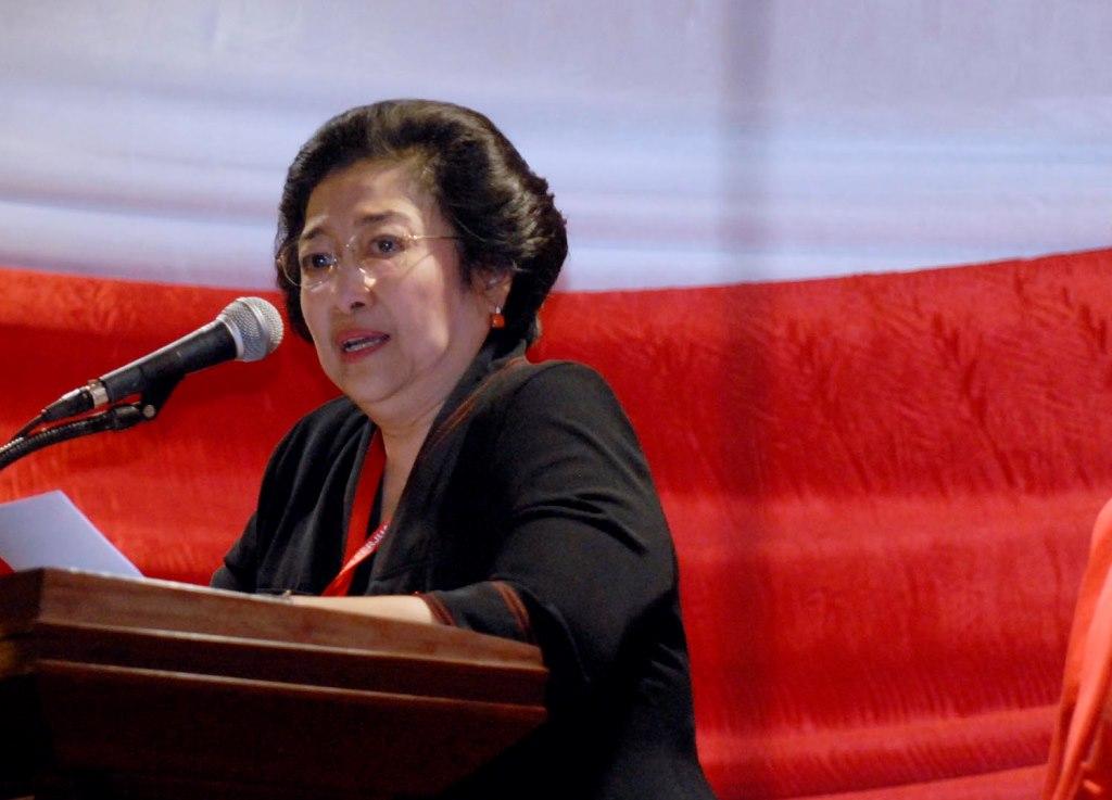 Megawati Menangis Tahu Polisi Gugur di Tangan Teroris