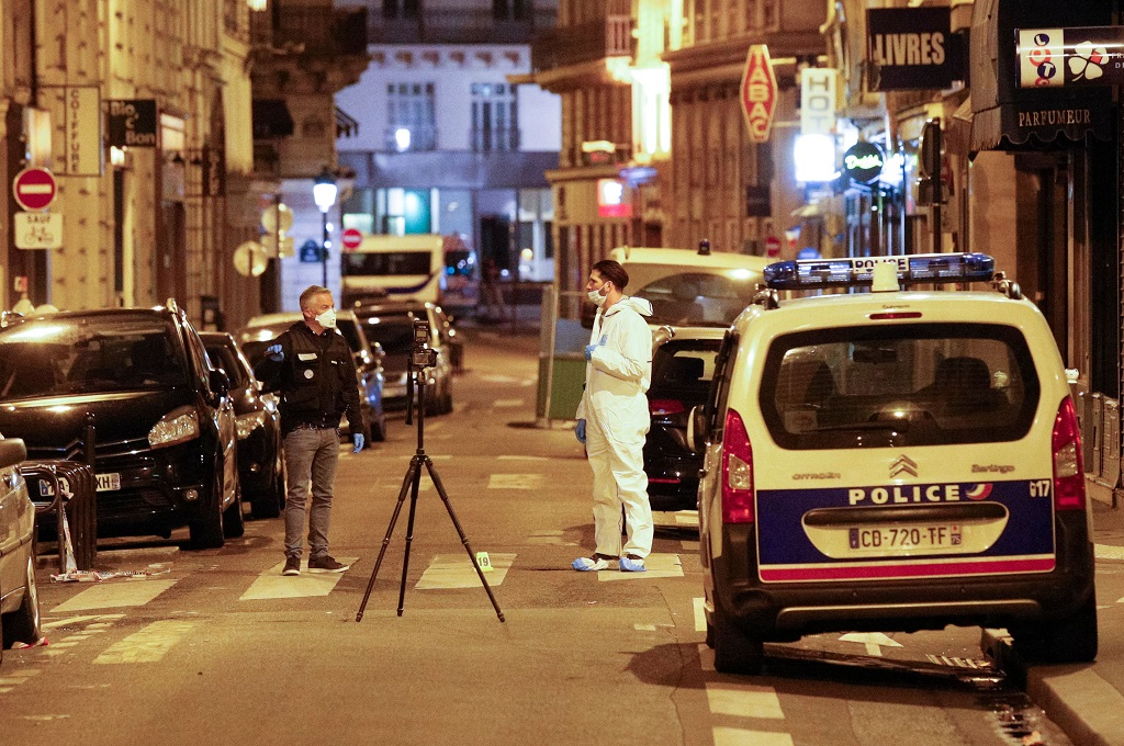 ISIS Klaim Penusukan Lima Orang di Paris