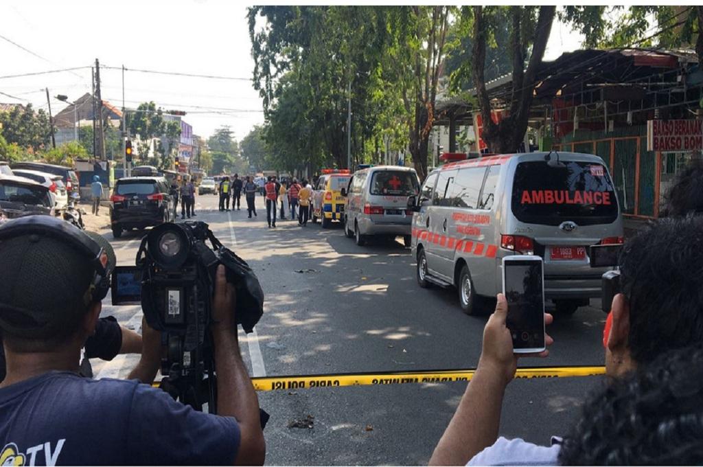 Dua Polisi Tewas dalam Ledakan di Surabaya