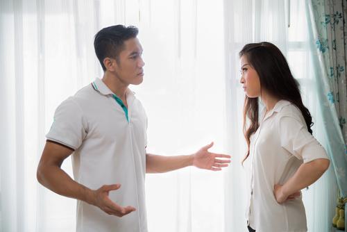 Kebiasaan Pria yang Dibenci Wanita dalam Hubungan
