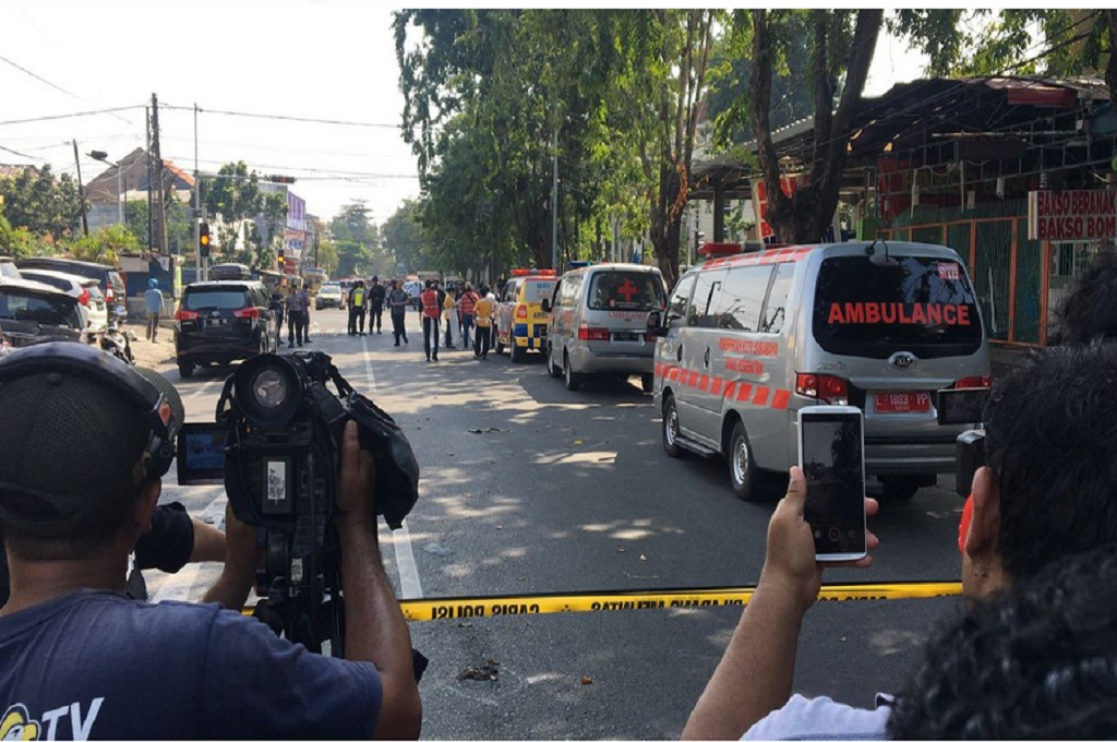 Tukang Becak Jadi Korban Ledakan di Surabaya