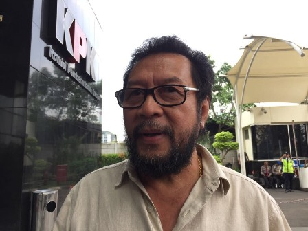 Yorrys Raweyai Diperiksa KPK