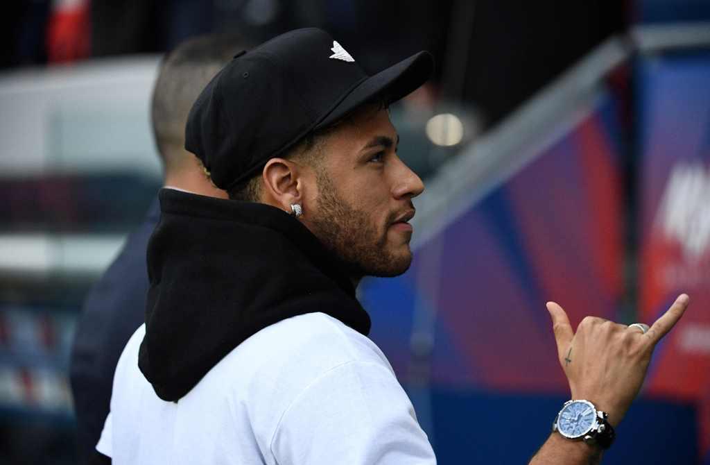 Neymar Lelah jadi Korban Rumor Transfer