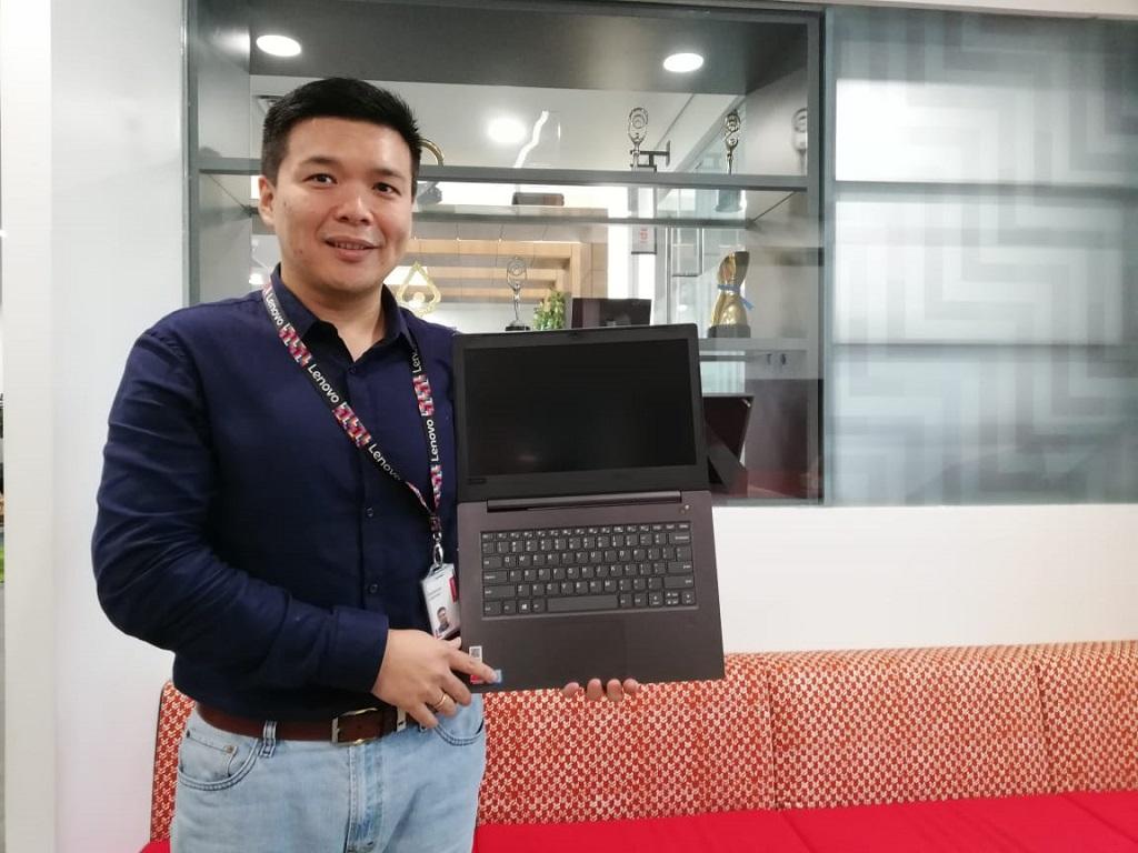 Lenovo V330 untuk Kalangan Komersial Kelas Pemula