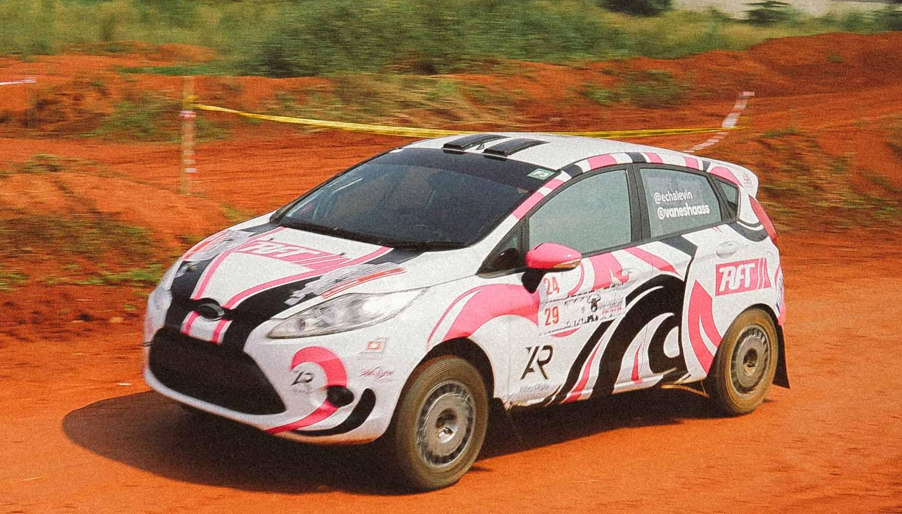 Sissy & Vanesha Prescilla Sukses Finish di Sprint Rally Perdananya