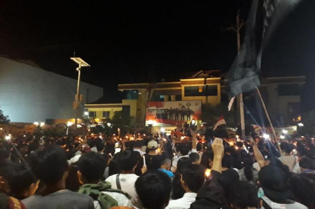 Warga Kota Manado 'Kirim' Doa untuk Korban Ledakan