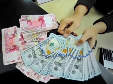 BCA Sebut Peluang Rupiah Tembus Rp20 Ribu/USD Kecil