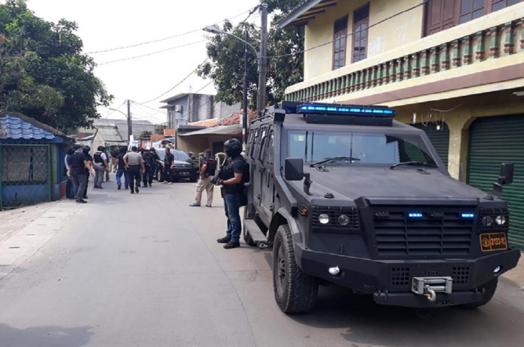 3 Orang Ditangkap dalam Penggerebekan di Tangerang