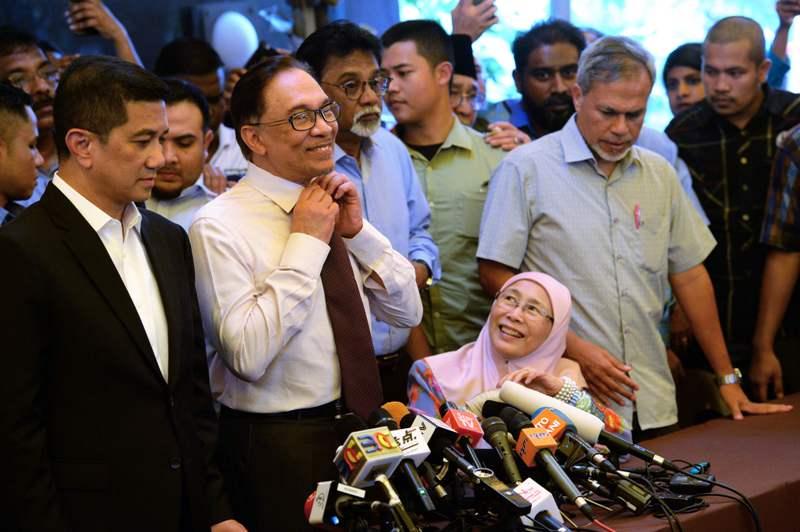 Usai Dibebaskan, Anwar Belum Ingin Kembali ke Politik