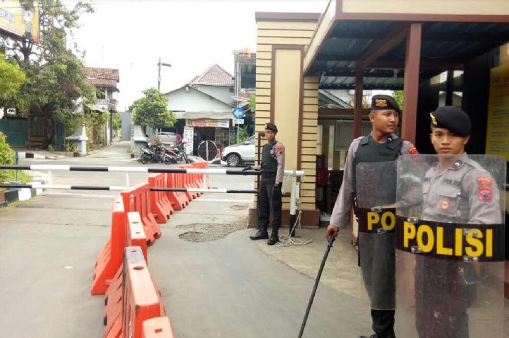 Polisi Gandeng TNI dan Banser Amankan Masyarakat Jepara