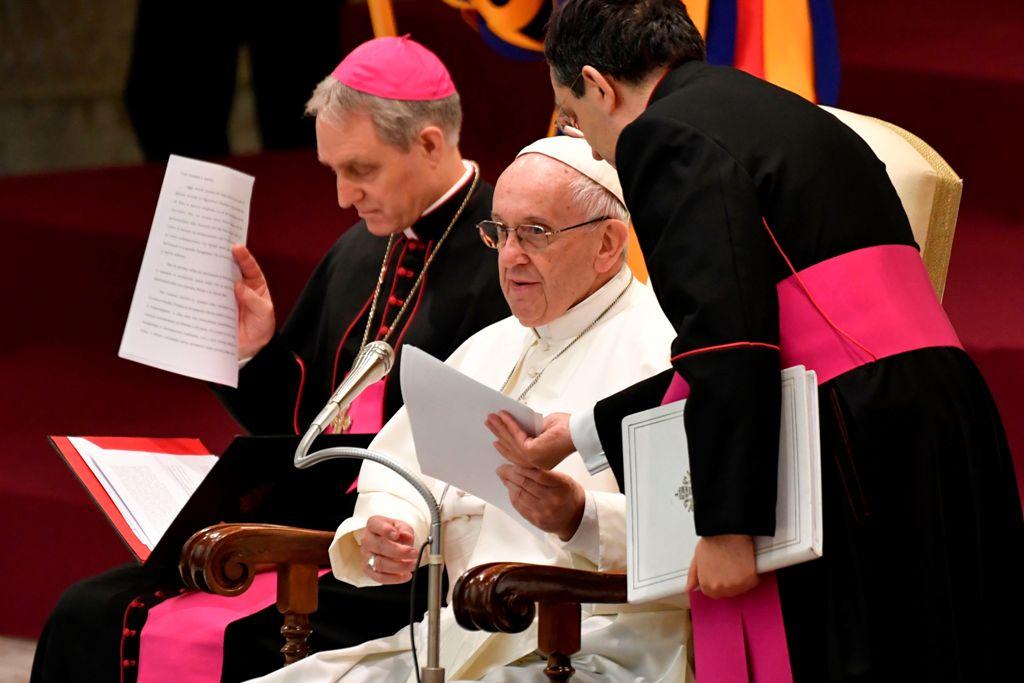 Paus Fransiskus Khawatirkan Kekerasan di Gaza