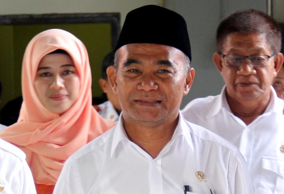 Mendikbud Jamin Pendidikan Anak Pelaku Teror Surabaya