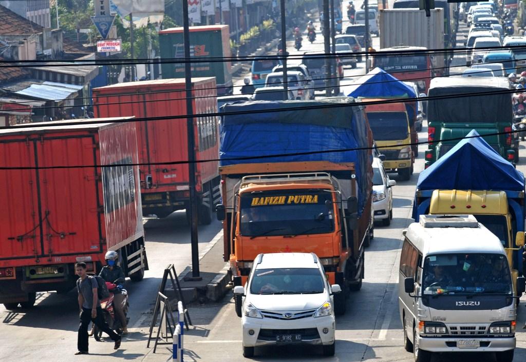 Angkutan Barang Dibatasi Mulai 12 Juni