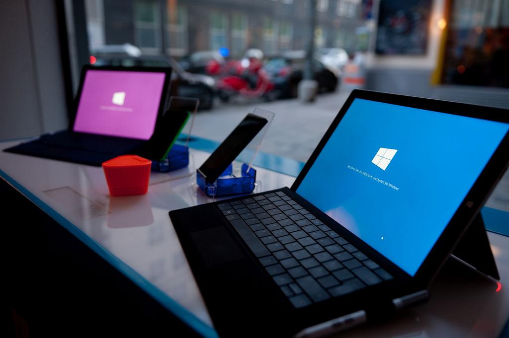 Ingin Saingi iPad, Microsoft akan Rilis Surface Berharga Terjangkau?