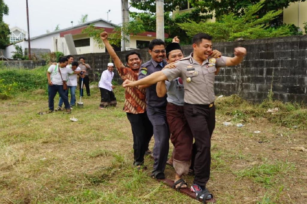 Polres Jepara 'Tangkal' Terorisme dengan Permainan Tradisional