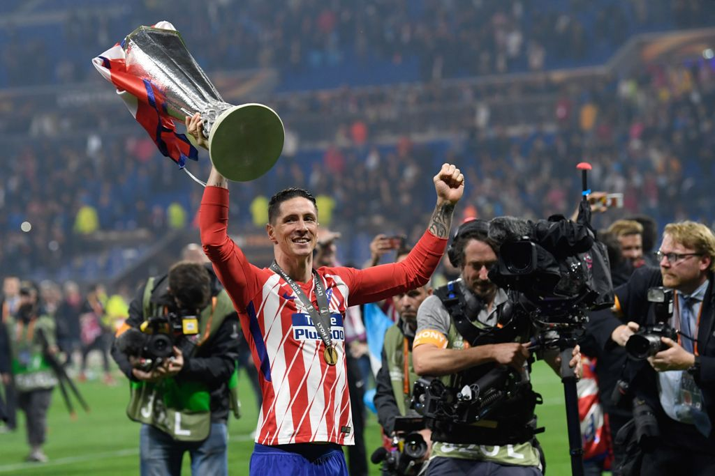 Trofi Liga Europa, Kado Perpisahan Manis untuk Torres