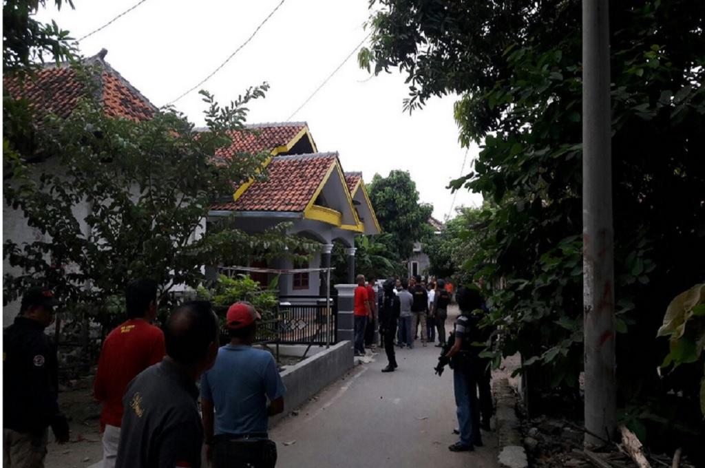Terduga Teroris di Cirebon Tempati Rumah Pelaku Bom Thamrin