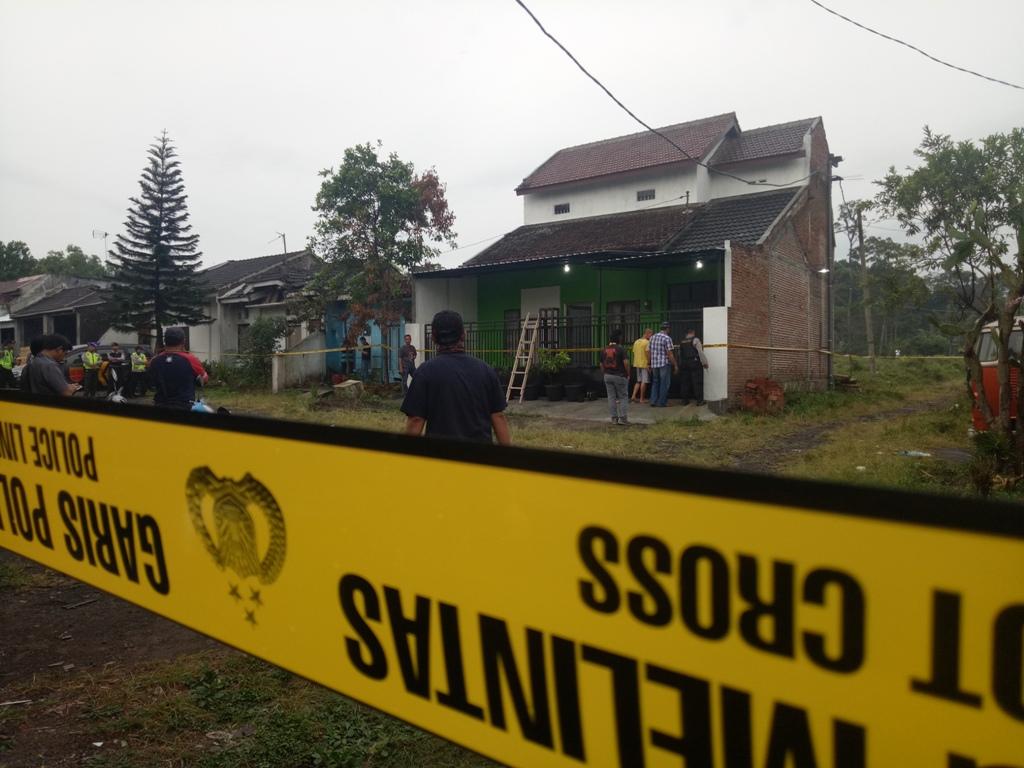 Rumah Dua Terduga Teroris di Sidoarjo Digeledah