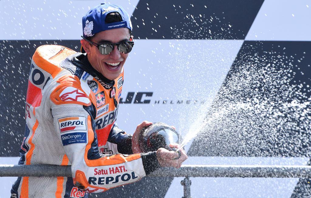 Ketika Dovizioso Terjatuh, Marquez Lebih Tenang