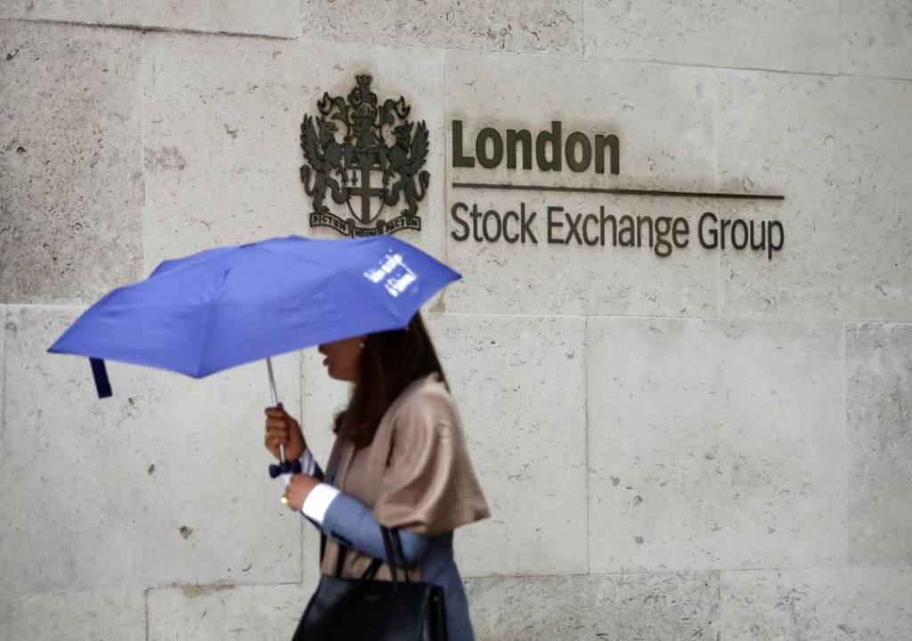 Indeks FTSE-100 Inggris Berakhir Melemah 1,13%