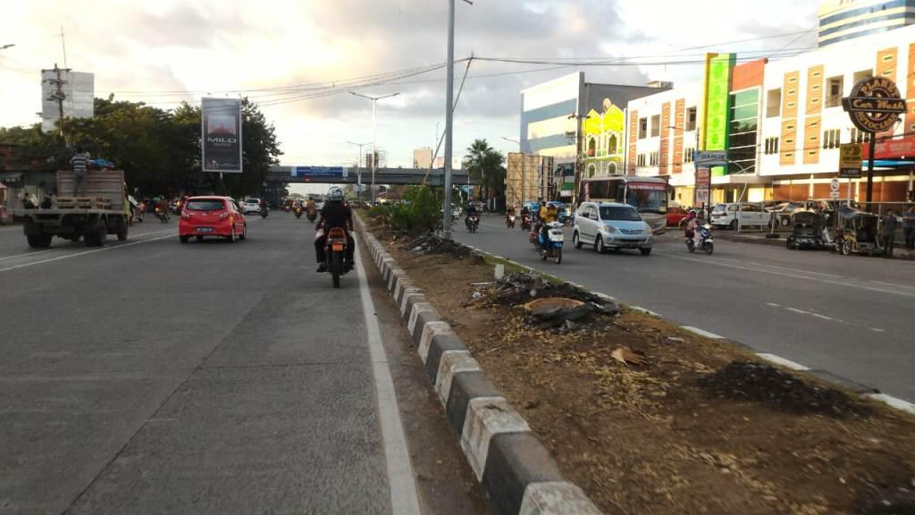 Walhi Protes Proyek Jalan Tol Layang Makassar