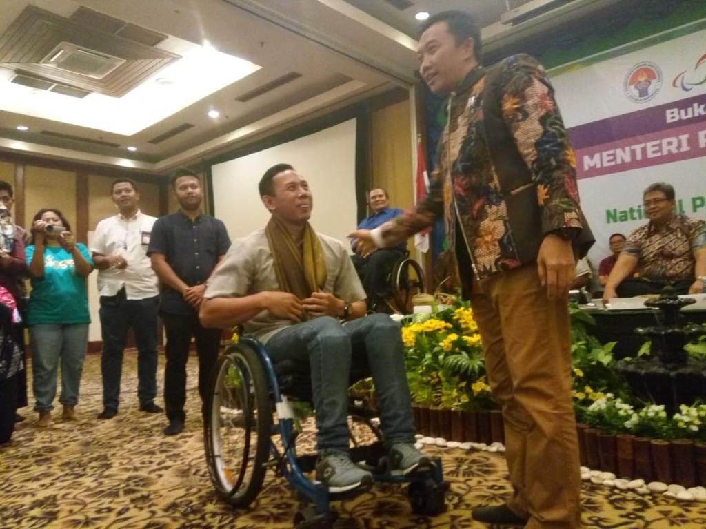 Gelar Buka Bersama, Menpora Bakar Semangat Atlet Asian Para Games 2018