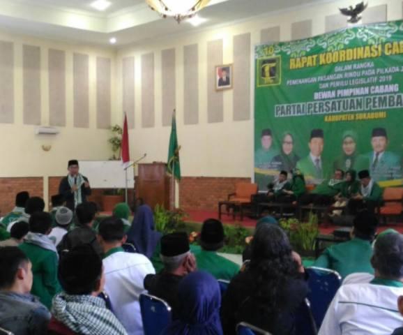 Kampanye di Sukabumi, Emil Minta Parpol Kerja Keras