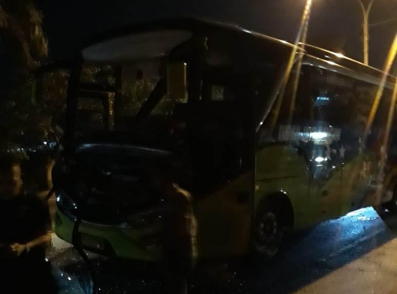 Bus Tim PS Tira Alami Kecelakaan di Lamongan