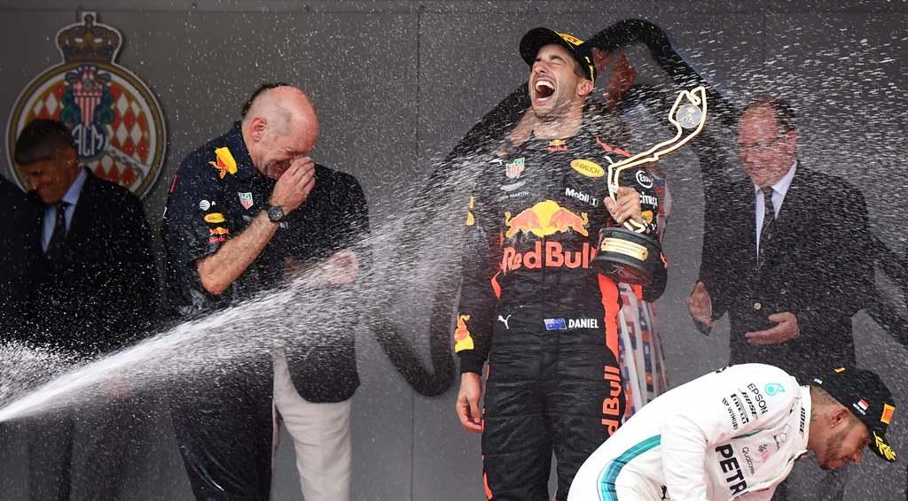 Red Bull Tunda Perpanjang Kontrak Ricciardo