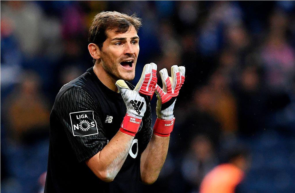Iker Casillas Iri dengan Acara Perpisahan Iniesta dan Torres