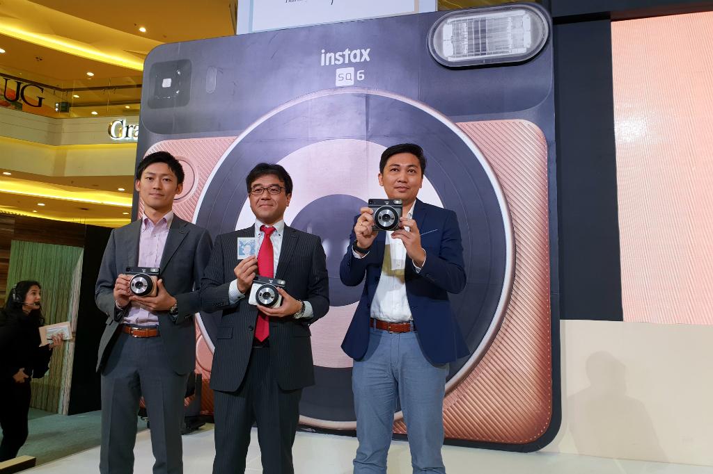 Fujifilm Instax Terbaru, Bawa Pengalaman Klasik ke Anak Sekarang