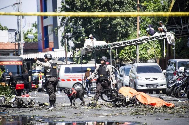Korban Tewas Teror Bom Surabaya Bertambah Satu Orang