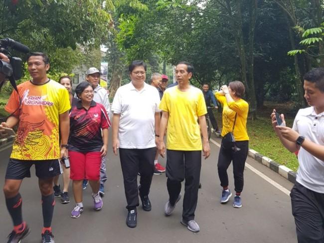 Airlangga Disebut Diunggulkan Mendampingi Jokowi