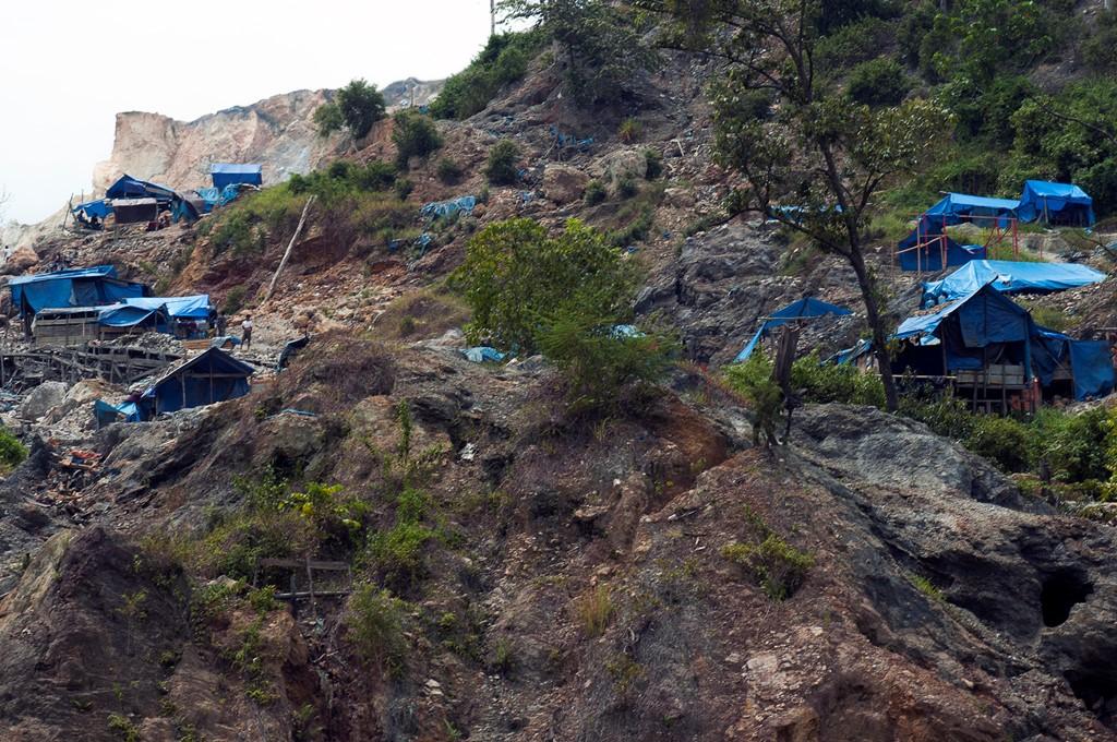 Seluruh Tambang Liar di Bolmong akan Ditutup