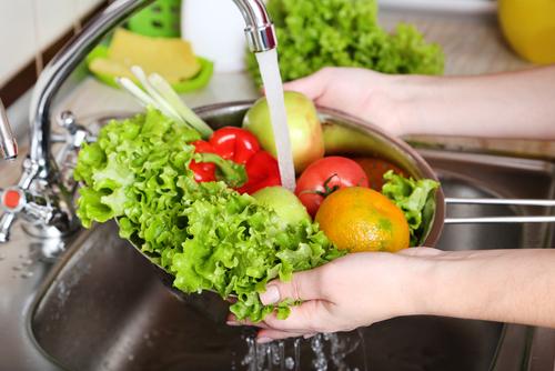 4 Makanan Ini Bisa Sebabkan Keracunan jika Tidak Dimasak dengan Benar