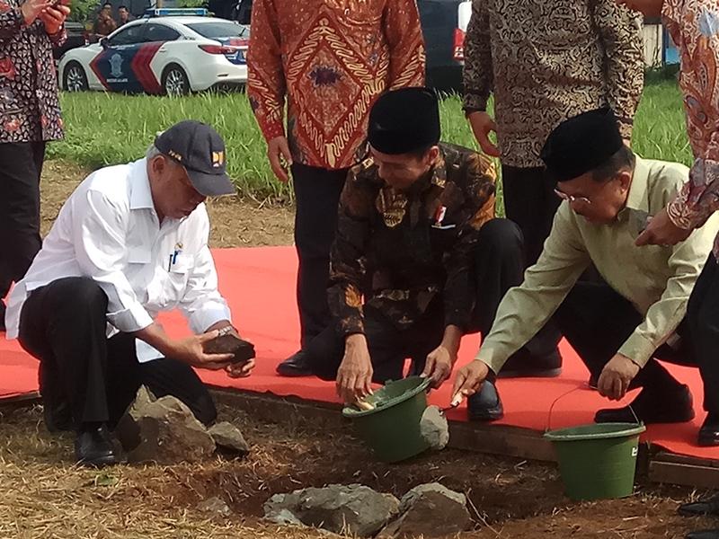 Jokowi-JK Letakkan Batu Pertama Kampus UIII