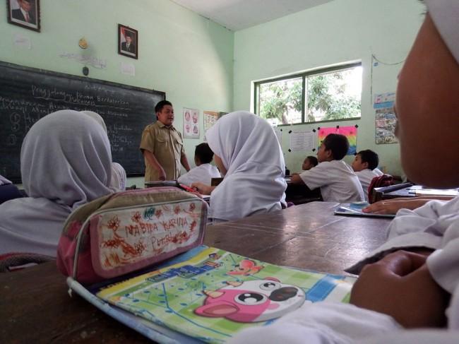 Guru PAUD Kepulauan Seribu Tuntut Gaji Setara UMR