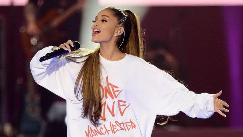 Ariana Grande Alami PTSD Setelah Tragedi Bom Manchester