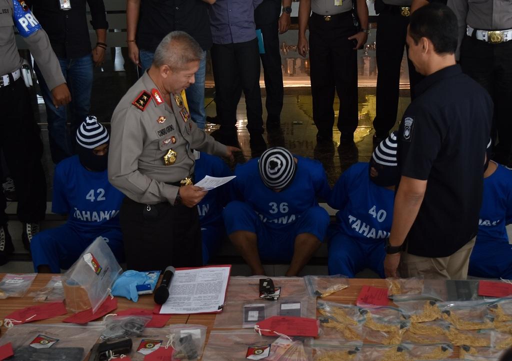 Komplotan Perampok Emas Lintas Provinsi Ditangkap