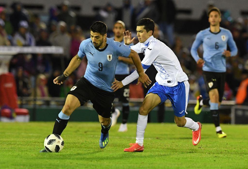 Uruguay Menang Telak atas Uzbekistan
