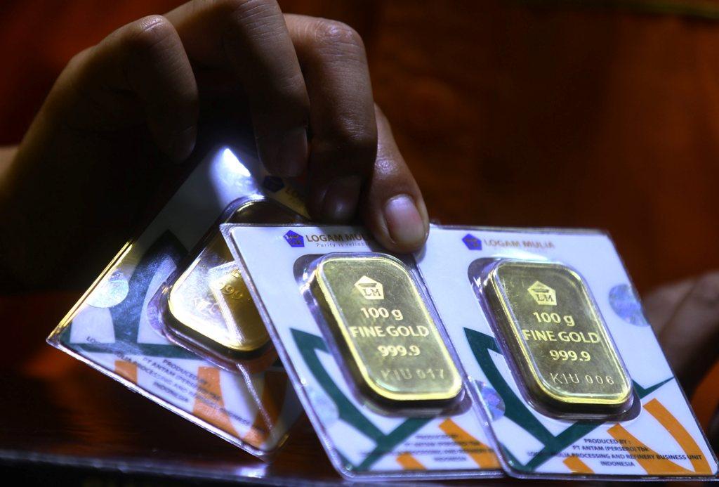 Volume Penjualan Emas Antam Melesat 303%