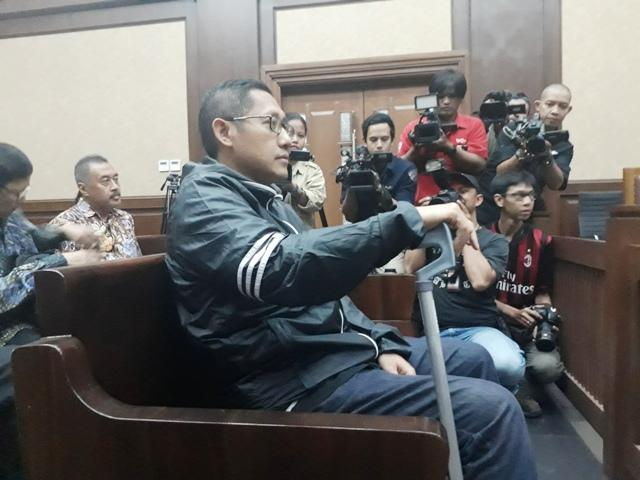Eks Petinggi Adhi Karya bantah Hadiahi Anas Harrier