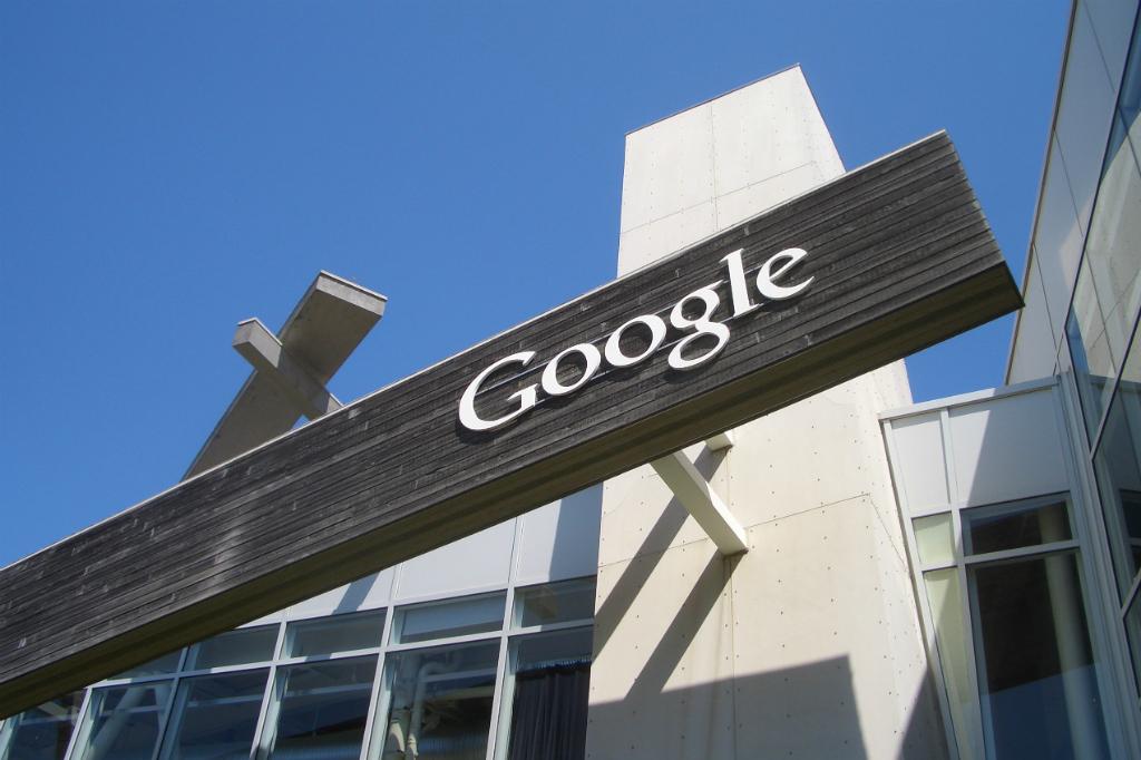 Google Berpotensi Didenda Rp152 Triliun di Eropa