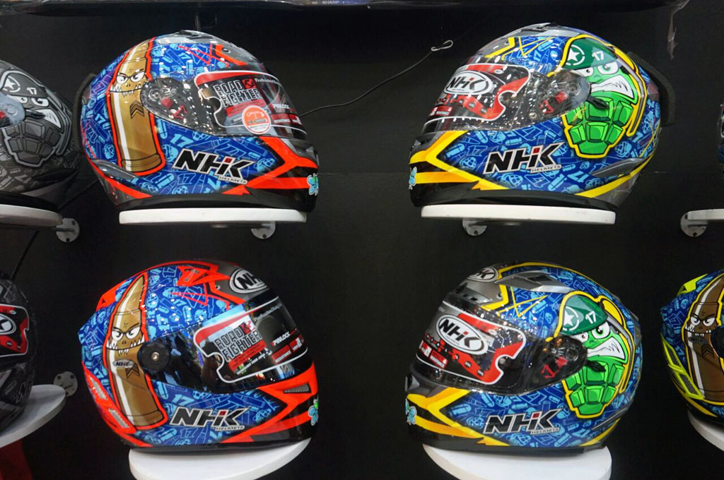 Replika Helm Pembalap MotoGP Banyak Ditunggu